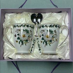 Gift Boxed Pair of Cups